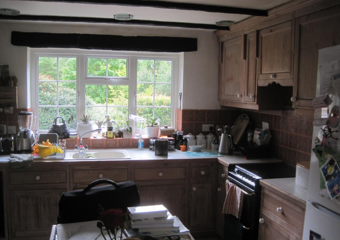 Camp Road Refurbishment kitchen before works started